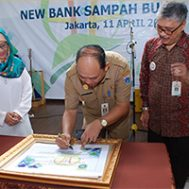 [:id]Universitas Budi Luhur Resmikan Bank Sampah[:]