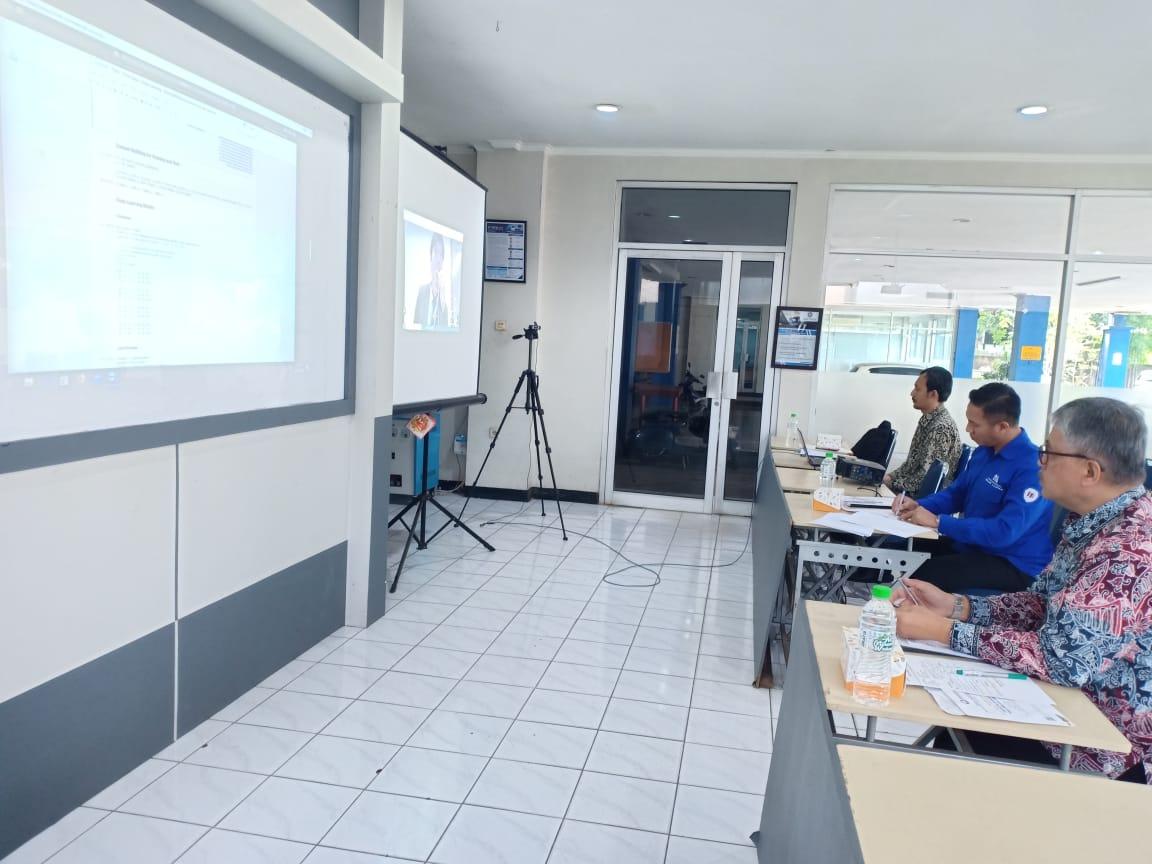 Sidang Tesis Pascasarjana Memanfaatkan Teknologi Informasi dan Komunikasi via Teleconference